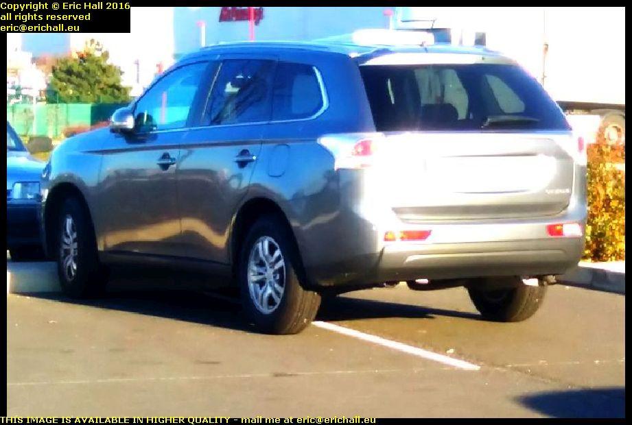 selfish parking montlucon allier france