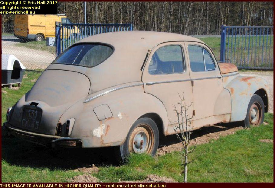 old car peugeot 203 briare loiret france