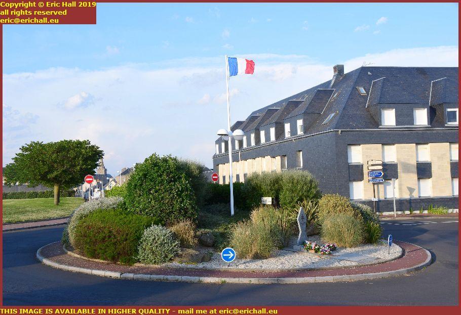 monument Rond-point des Français-Libres pointe du roc granville manche normandy france