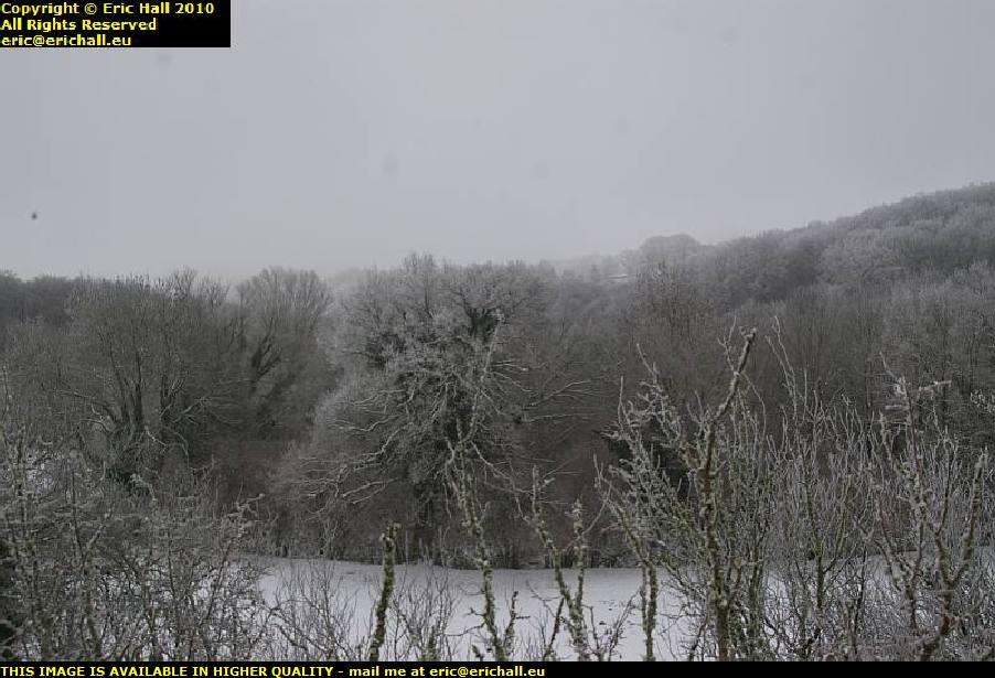 heavy snow les guis virlet puy de dome france
